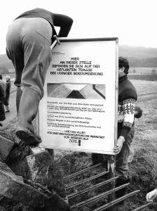 1985 - Infotafel Aufgestellt